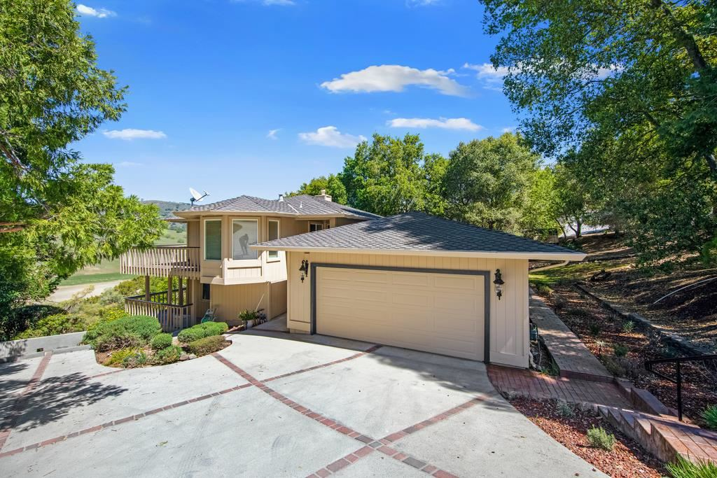 Photo for 17600 Holiday DR, MORGAN HILL, CA 95037 (MLS # ML81837547)