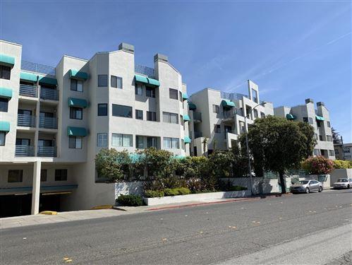 Photo of 320 Peninsula Avenue #318, SAN MATEO, CA 94401 (MLS # ML81867548)