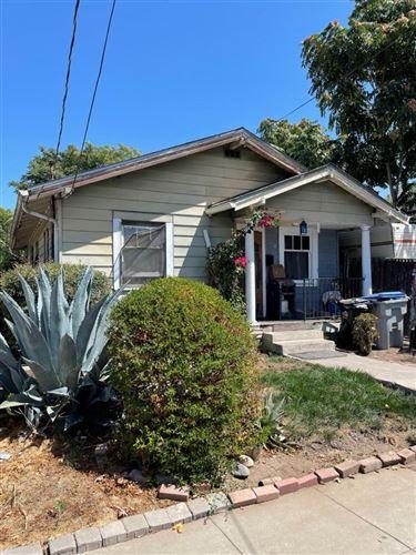 Photo of 914 Harliss Avenue, SAN JOSE, CA 95110 (MLS # ML81865552)