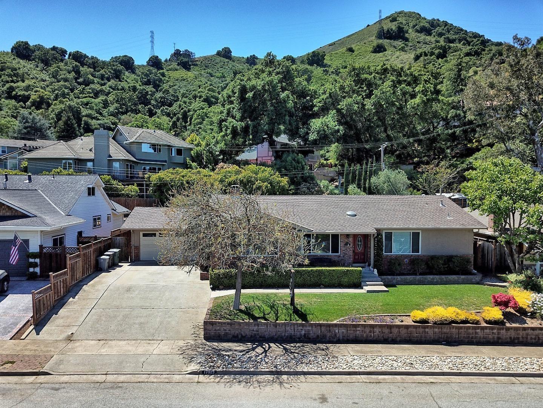 Photo for 17025 John Telfer Drive, MORGAN HILL, CA 95037 (MLS # ML81840553)