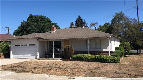 Photo of 840 Sonia Way, MOUNTAIN VIEW, CA 94040 (MLS # ML81863554)