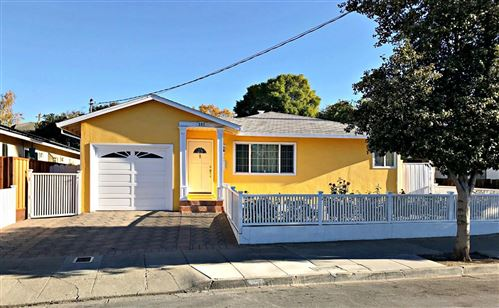 Photo of 207 Hemlock AVE, REDWOOD CITY, CA 94061 (MLS # ML81824556)