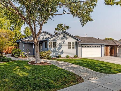 Photo of 1427 Ridgewood Drive, SAN JOSE, CA 95118 (MLS # ML81864556)