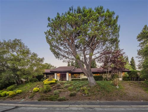 Photo of 110 Stonepine RD, HILLSBOROUGH, CA 94010 (MLS # ML81780557)