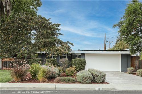 Photo of 128 Palmer Avenue, MOUNTAIN VIEW, CA 94043 (MLS # ML81867557)
