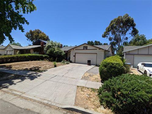 Photo of 5331 Great Oaks Drive, SAN JOSE, CA 95111 (MLS # ML81847559)