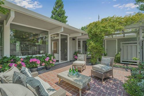 Photo of 960 Trophy Drive, MOUNTAIN VIEW, CA 94040 (MLS # ML81854559)