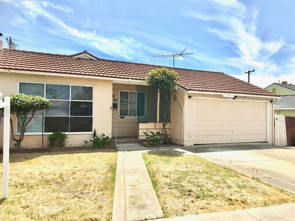 Photo for 320 Boulder ST, MILPITAS, CA 95035 (MLS # ML81748559)