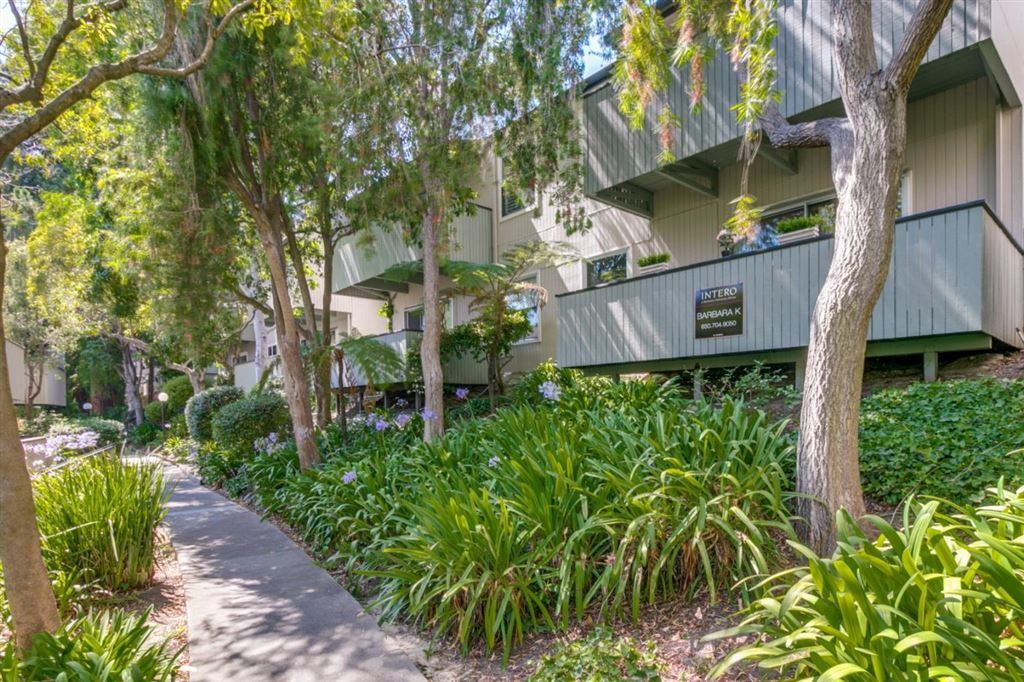 Photo for 141 Piccadilly PL D #D, SAN BRUNO, CA 94066 (MLS # ML81764566)