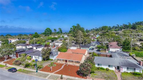 Photo of 1017 Forest AVE, PACIFIC GROVE, CA 93950 (MLS # ML81764567)