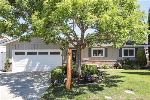 Photo of 1420 Ernestine Lane, MOUNTAIN VIEW, CA 94040 (MLS # ML81850568)