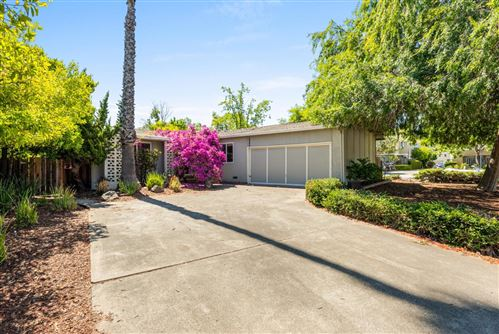 Photo of 2994 Leigh Avenue, SAN JOSE, CA 95124 (MLS # ML81850570)