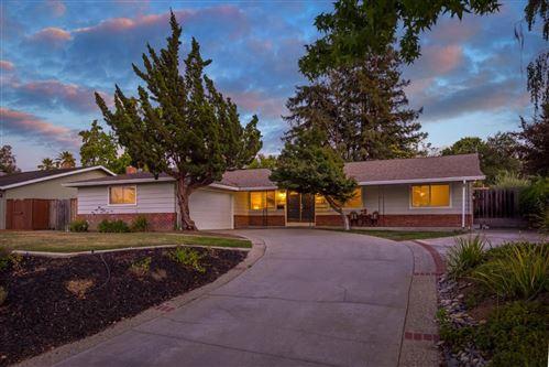 Photo of 104 Belvue Drive, LOS GATOS, CA 95032 (MLS # ML81856571)