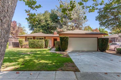 Photo of 2112 Parkwood WAY, SAN JOSE, CA 95125 (MLS # ML81811572)