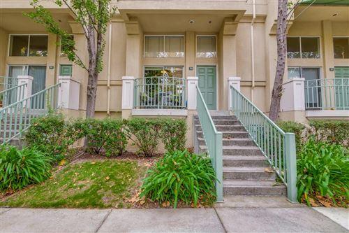 Photo of 164 Cottonwood Court, MOUNTAIN VIEW, CA 94043 (MLS # ML81867573)