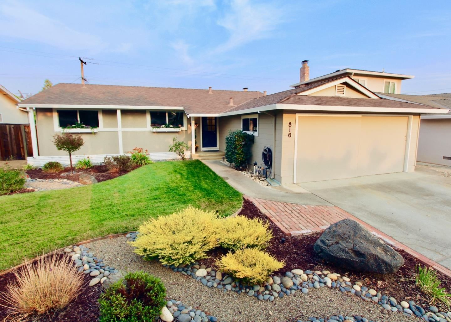 Photo for 816 Gwen Drive, CAMPBELL, CA 95008 (MLS # ML81865574)