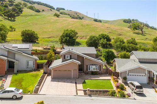 Photo of 6423 Pelham CT, SAN JOSE, CA 95123 (MLS # ML81839577)