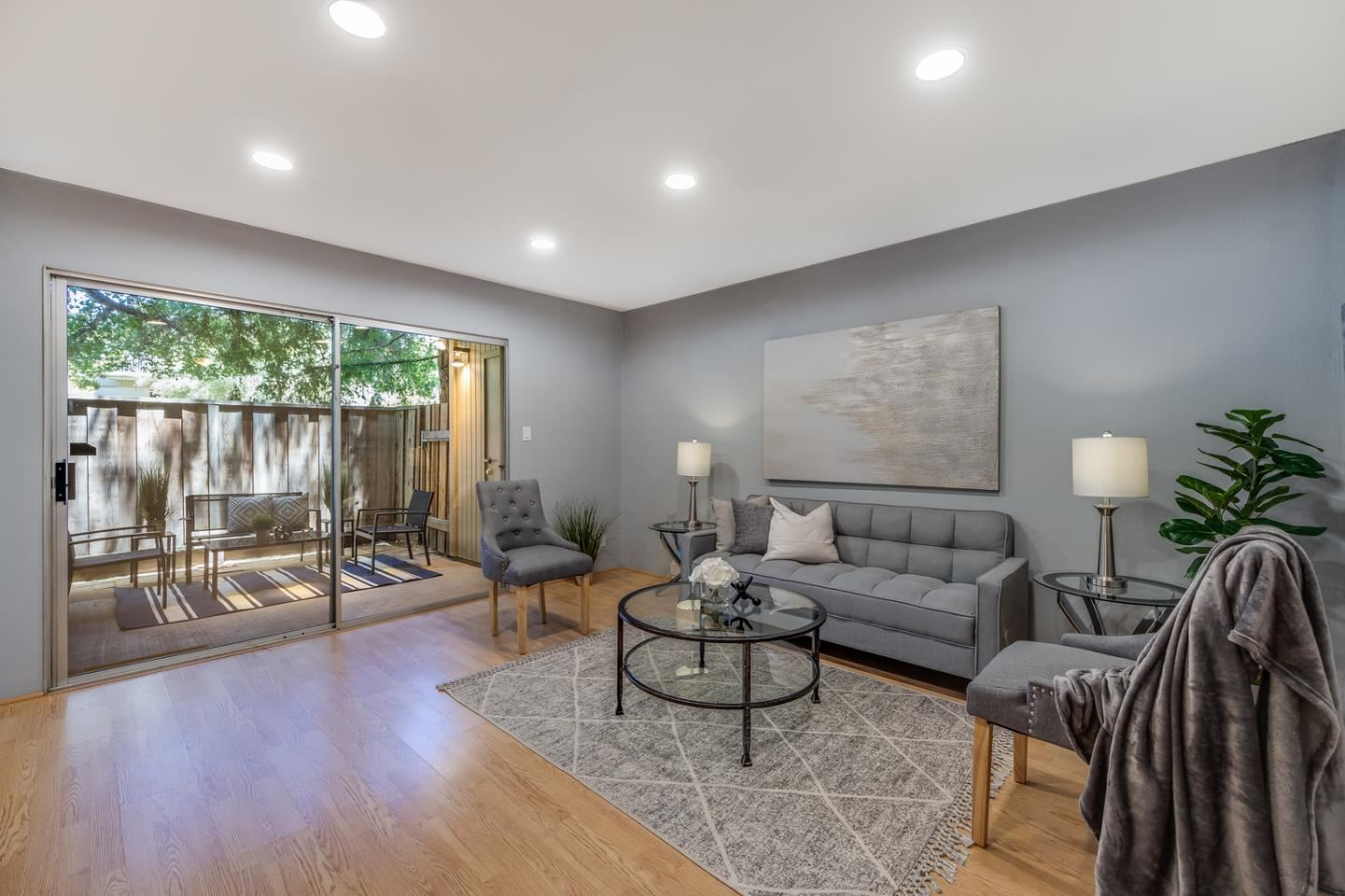 Photo for 505 Cypress Point Drive #30, MOUNTAIN VIEW, CA 94043 (MLS # ML81845577)