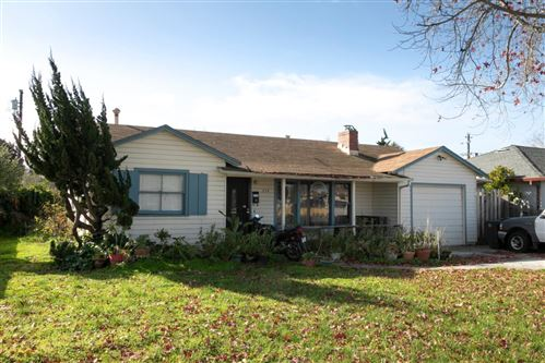 Photo of 318 Chaparral ST, SALINAS, CA 93906 (MLS # ML81783578)