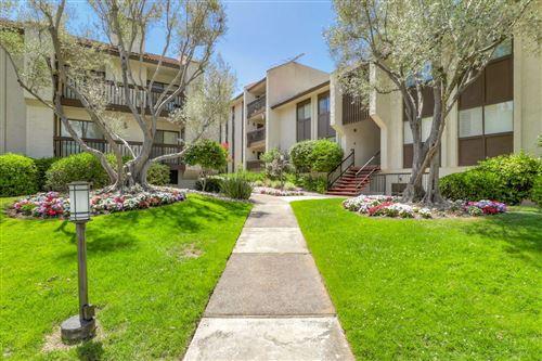 Photo of 226 W Edith AVE 16 #16, LOS ALTOS, CA 94022 (MLS # ML81797579)