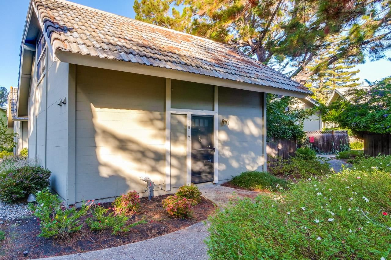 Photo for 1914 Silverwood Avenue, MOUNTAIN VIEW, CA 94043 (MLS # ML81866579)