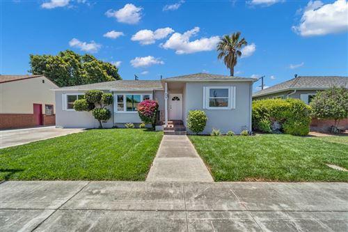 Photo of 646 Scott Boulevard, SANTA CLARA, CA 95050 (MLS # ML81852580)