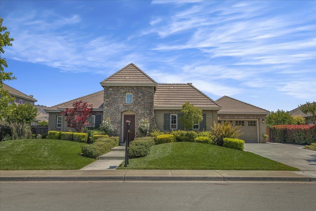 Photo for 19240 Clayton Avenue, MORGAN HILL, CA 95037 (MLS # ML81844583)