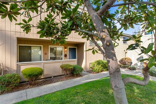 Photo of 820 Casanova AVE 3 #3, MONTEREY, CA 93940 (MLS # ML81775586)