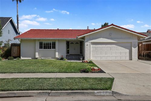 Photo of 293 Cresta Vista Way, SAN JOSE, CA 95119 (MLS # ML81850586)