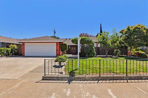 Photo of 671 Hillsdale Avenue, SANTA CLARA, CA 95051 (MLS # ML81852586)