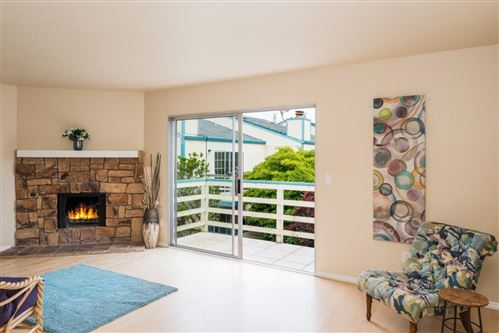 Photo of 912 Harcourt AVE A #A, SEASIDE, CA 93955 (MLS # ML81782588)