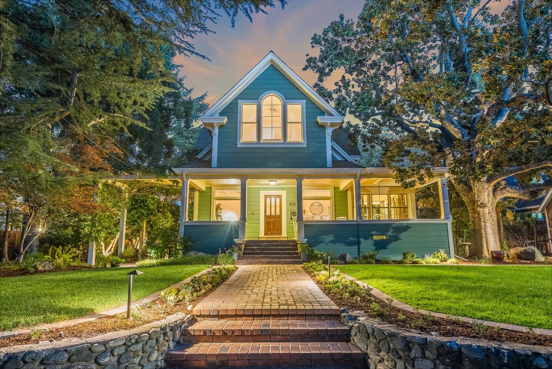 Photo for 212 Bella Vista Avenue, LOS GATOS, CA 95030 (MLS # ML81862589)