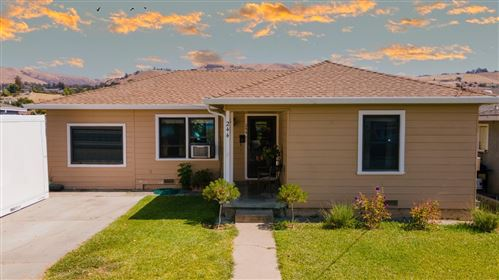 Photo of 244 South Cragmont Avenue, SAN JOSE, CA 95127 (MLS # ML81853591)