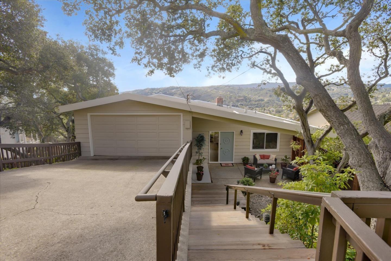 Photo for 1904 Oak Knoll DR, BELMONT, CA 94002 (MLS # ML81828591)