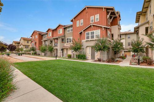 Photo of 2093 Kiwi Walkway, SAN JOSE, CA 95133 (MLS # ML81807593)