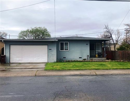 Photo of 17933 Robscott AVE, HAYWARD, CA 94541 (MLS # ML81834596)