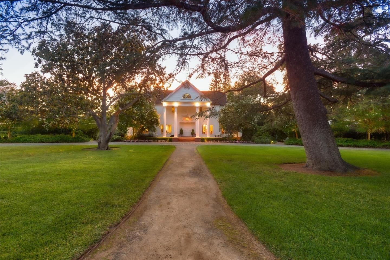 Photo for 210 Atherton AVE, ATHERTON, CA 94027 (MLS # ML81798598)