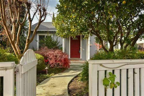 Photo of 1820 Redwood AVE, REDWOOD CITY, CA 94061 (MLS # ML81822599)