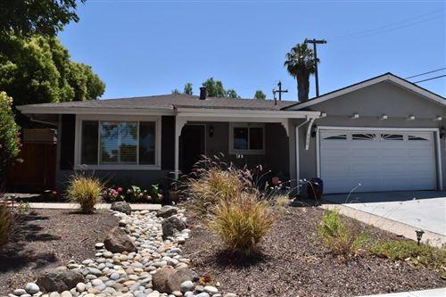 Photo of 752 El Sombroso Drive, SAN JOSE, CA 95123 (MLS # ML81850599)
