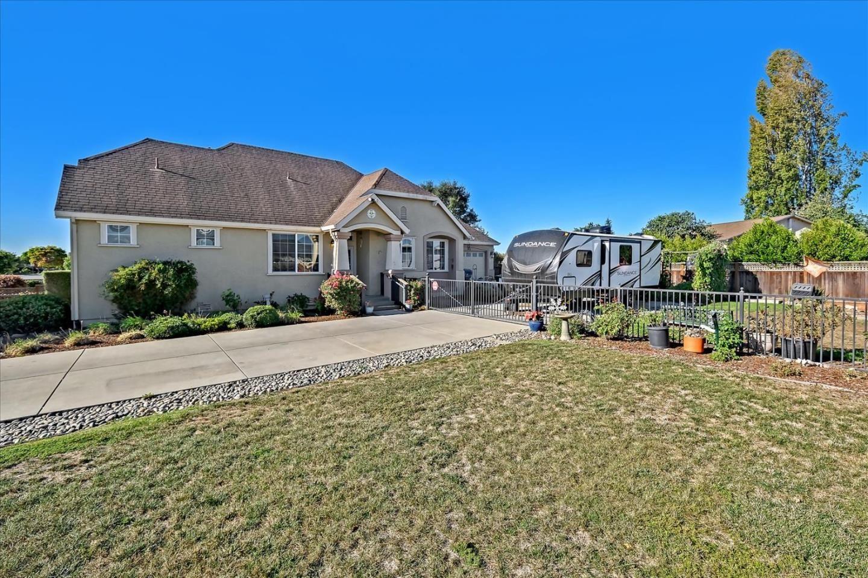 871 Almond Drive, Watsonville, CA 95076 - #: ML81866599