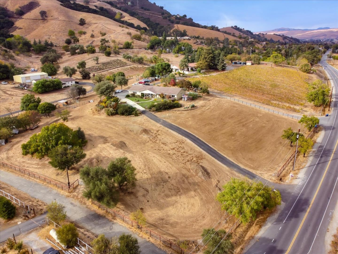 Photo for 16425 De Witt AVE, MORGAN HILL, CA 95037 (MLS # ML81820600)