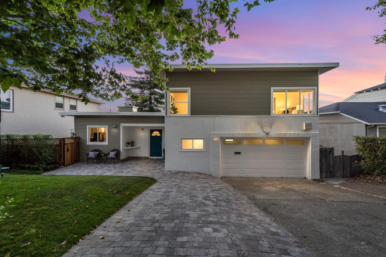 Photo for 1354 Hillcrest Boulevard, MILLBRAE, CA 94030 (MLS # ML81857600)