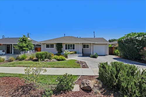Photo of 2810 Rustic Drive, SAN JOSE, CA 95124 (MLS # ML81853601)