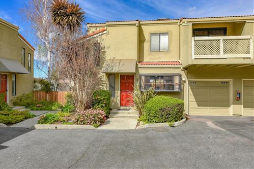 Photo of 2112 Wyandotte ST D #D, MOUNTAIN VIEW, CA 94043 (MLS # ML81787606)
