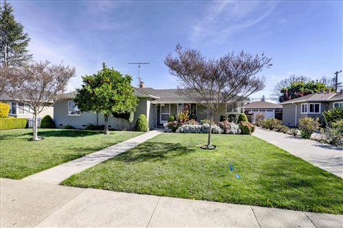 Photo of 880 S Clover AVE, SAN JOSE, CA 95128 (MLS # ML81831606)