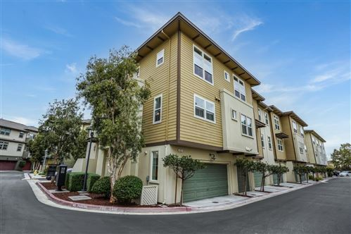 Photo of 465 Landeros Drive, SAN MATEO, CA 94403 (MLS # ML81867607)