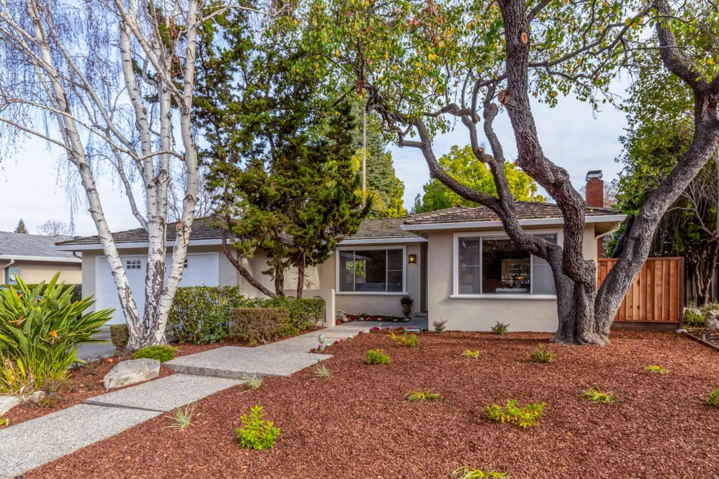 Photo for 424 Palmetto DR, SUNNYVALE, CA 94086 (MLS # ML81825608)