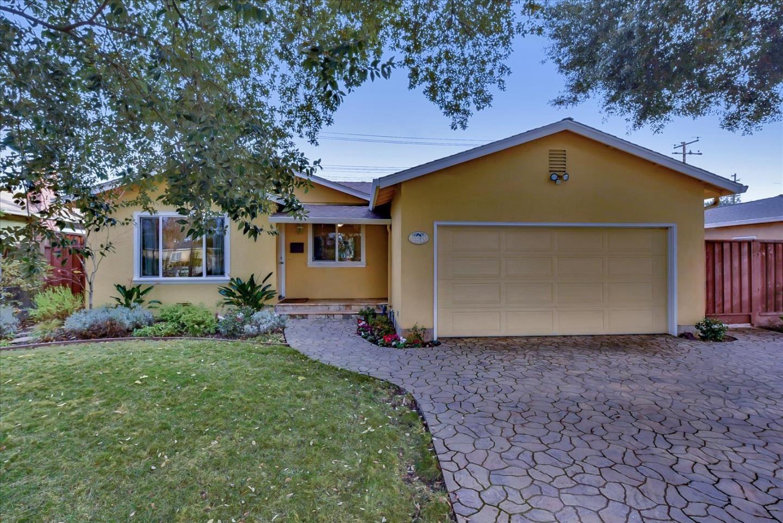 Photo for 2085 Morrison AVE, SANTA CLARA, CA 95051 (MLS # ML81825612)