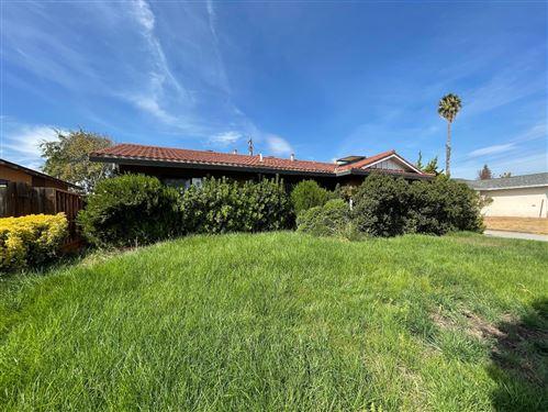 Photo of 1769 Ledgewood Drive, SAN JOSE, CA 95124 (MLS # ML81865613)