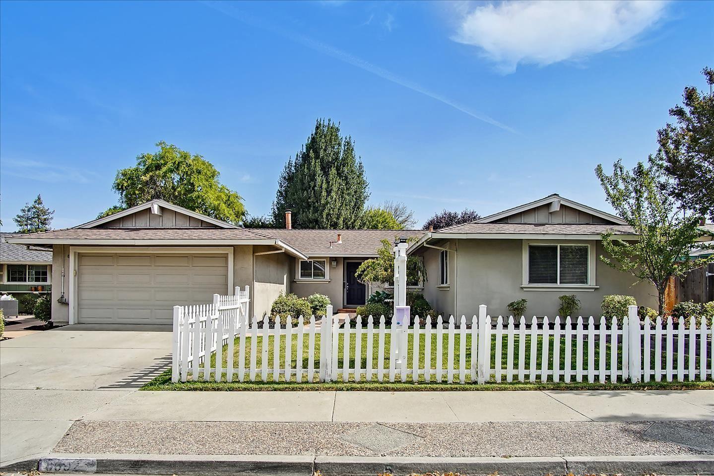 8592 Ousley Drive, Gilroy, CA 95020 - MLS#: ML81864613